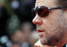 <p>O filme, protagonizado por Russel Crowe, fez a sua estréia mundial na abertura de filmes selecionados, no Festival de Cannes. 12/05/2010 REUTERS/Jean-Paul Pelissier</p>