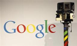 <p>La videocamera usata da Google per raccogliere le immagini per Street View. REUTERS/Christian Charisius (GERMANY - Tags: BUSINESS)</p>