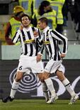 <p>Grosso e Candreva in una foto d'archivio. REUTERS/Giampiero Sposito (ITALY - Tags: SPORT)</p>
