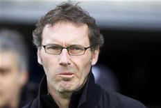 <p>Técnico do Girondins Bordeaux, Laurent Blanc, durante jogo da liga francesa contra o Nancy em Bordeaux. Blanc substituirá o polêmico Raymond Domenech no comando da seleção francesa após a Copa do Mundo deste ano, informou a Federação Francesa de Futebol (FFF) nesta quinta-feira. 03/04/2010 REUTERS/Olivier Pon</p>
