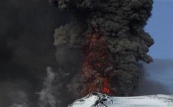 <p>16 maggio 2010, vulcano Eyjafjallajokull. REUTERS/Ingolfur Juliusson</p>