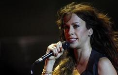 <p>Canadian musician Alanis Morissette performs during her concert in Buenos Aires in this February 12, 2009 file photo. REUTERS/Marcos Brindicci</p>