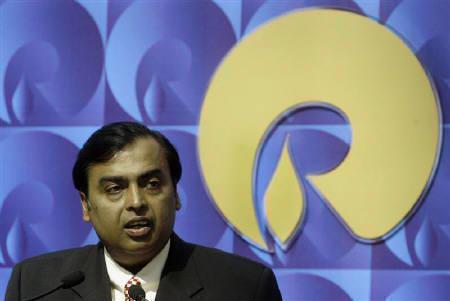 Mukesh Ambani, chairman of Reliance Industries, speaks during a news conference in Mumbai September 21, 2008. REUTERS/Punit Paranjpe/Files