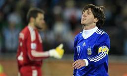 <p>Atacante argentino Lionel Messi, que ainda não marcou nenhum gol pela seleção na Copa do Mundo da África do Sul. REUTERS/Radu Sigheti</p>