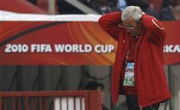 <p>Técnico da Itália reage durante partida em que Itália foi desclassificada da Copa do Mundo, contra a Eslováquia. Ele assumiu a responsabilidade pela derrota. REUTERS/Christian Charisius</p>