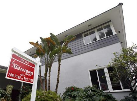 A view of a home for sale in Los Angeles in this February 24, 2010 file photo. REUTERS/Mario Anzuoni