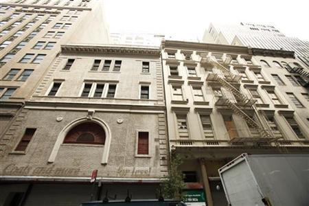 The front of a lower Manhattan building that will possibly house the Cordoba Initiative Mosque and Cultural Center in New York August 17, 2010. REUTERS/Lucas Jackson