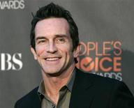 <p>The host for the television show 'Survivor', Jeff Probst, arrives at the 2010 People's Choice Awards in Los Angeles January 6, 2010. REUTERS/Danny Moloshok</p>
