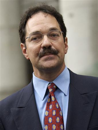 Frank Quattrone leaves the Federal Court in New York in this September 8, 2004 file photo. REUTERS/Chip East/Files
