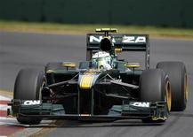 """<p>Пилот команды """"Формулы-1"""" """"Лотус"""" Хейкки Ковалайнен во время практики перед """"Гран-при Австралии"""" в Мельбурне 26 марта 2010 года. Выходец из Малайзии 16-летний Набил Джеффри стал самым юным тест-пилотом в """"Формуле-1"""" в эту среду. REUTERS/Mark Horsburgh</p>"""