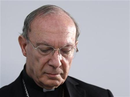 Archbishop of Mechelen-Brussels and Primate of Belgium Andre-Joseph Leonard holds a news conference in Brussels September 13, 2010. REUTERS/Yves Herman