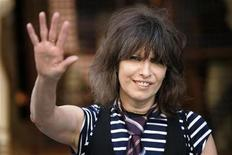 <p>Rock singer Chrissie Hynde arrives at the 1st PETA Europe humanitarian awards in London in this June 28, 2006 file photo. REUTERS/David Moir/Files</p>