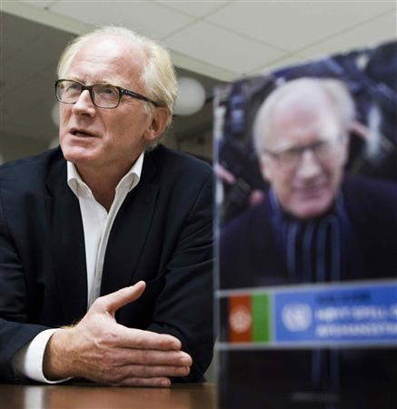 Norweigen diplomat and former UN envoy in Kabul, Kai Eide, presents his memoir, ''High Stakes in Afghanistan,'' in Oslo November 2, 2010. REUTERS/Berit Roald/Scanpix