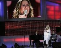 """<p>Певица Лара Фабиан выступает в качестве гостя на конкурсе """"Новая волна"""" в Юрмале 29 июля 2009 года. Ниже представлены некоторые культурные события, которые произойдут в Москве с 3 по 7 ноября. REUTERS/Ints Kalnins</p>"""