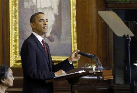 U.S. President Barack Obama delivers an address to India's parliament in New Delhi, November 8, 2010.   REUTERS/Jason Reed