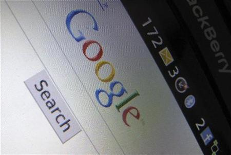 A Google Inc page is shown on a blackberry phone in Encinitas, California April 13, 2010. Google, one of the top performing large-cap tech and Internet stocks in 2009, is down roughly 7 percent since the start of the year while the Nasdaq is up roughly 7 percent for the same period. REUTERS/Mike Blake