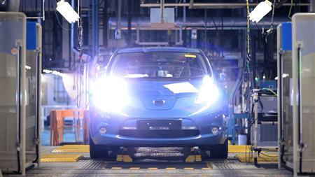 Nissan Motor's all-electric vehicle, the Leaf, is seen on the production line at Oppama plant in Yokosuka, south of Tokyo, in this handout photo released by Nissan on October 22, 2010. Over the past few years, Nissan executive Eiji Makino has met with leaders around the globe pursuing an unconventional strategy: lining up support for the Leaf before it was even on the road. Electric cars need to recharge around town and a growing number of governments, seeking to reduce oil dependence and clean up the environment, have agreed to subsidise that kind of infrastructure. REUTERS/Nissan Motor Co/Handout THIS IMAGE HAS BEEN SUPPLIED BY A THIRD PARTY. IT IS DISTRIBUTED, EXACTLY AS RECEIVED BY REUTERS, AS A SERVICE TO CLIENTS