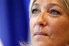 """<p>La vice-présidente du Front national, Marine le Pen, s'est défendue lundi de tout dérapage après des propos ce week-end comparant les """"prières de rue"""" des musulmans à l'Occupation. /Photo prise le 1er septembre 2010/REUTERS/Jacky Naegelen</p>"""