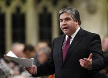 <p>Government House leader Peter Van Loan stands to speak during Question Period in the House of Commons on Parliament Hill in Ottawa February 7, 2008. REUTERS/Chris Wattie</p>