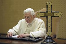 "<p>Pope Benedict XVI is seen during a recording session for BBC radio's ""Thought for the Day"" programme, at the Vatican December 24, 2010. REUTERS/Osservatore Romano</p>"