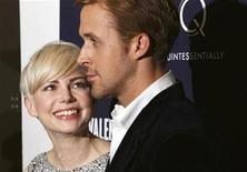 "<p>Cast members Michelle Williams and Ryan Gosling speak as they arrive for the premiere of ""Blue Valentine"" in New York December 7, 2010. REUTERS/Lucas Jackson</p>"