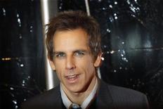 """<p>Ben Stiller na estreia do filme """"Entrando Numa Fria Maior Ainda com a Família"""" em Nova York. O filme filme manteve por pouco a liderança nas bilheterias dos Estados Unidos neste final de semana de Ano Novo. 15/12/2010 REUTERS/Lucas Jackson/Arquivo</p>"""