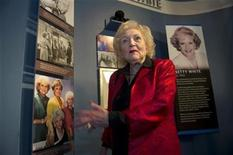 <p>Actress Betty White looks at a display honoring her before she was inducted into the California Hall of Fame in Sacramento, California December 14, 2010. REUTERS/Hector Amezcua/Pool</p>