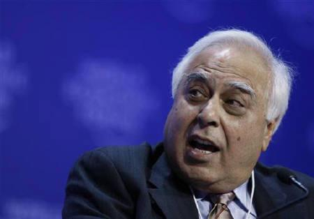 Kapil Sibal is seen in Davos, January 31, 2009. Sibal said on Friday he disagrees with the Comptroller and Auditor General's (CAG) estimate of potential losses from sale of telecoms licences. REUTERS/Pascal Lauener/Files