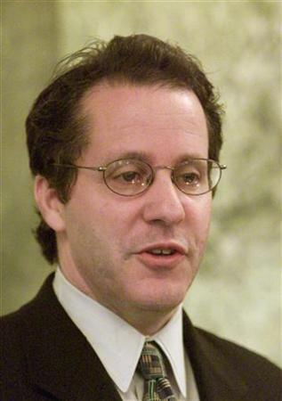 Former National Economic Advisor Gene Sperling speaks on the Clinton administration's policy concerning China trade policy in Washington, May 19. WP/TRA