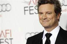 """<p>Imagen de archivo del actor Colin Firth durante el estreno de la cinta """"The King's Speech"""" en el teatro chino Grauman en Hollywood, nov 5 2010. La cinta """"The King's Speech"""", considerada como una seria candidata al premio Oscar, encabezó la taquilla británica durante el fin de semana, de acuerdo a cifras entregadas el martes por la firma Screen International. REUTERS/Mario Anzuoni</p>"""