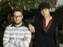 "<p>Cast members of the film ""The Green Hornet"" Seth Rogen (L) and Jay Chou pose for a portrait in Los Angeles January 10, 2011. REUTERS/Mario Anzuoni</p>"