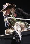 <p>Foto de archivo: El vocalista Steven Tyler de la banda Aerosmith canta durante un concierto en Lima, mayo 22 2010. REUTERS/Karel Navarro/Pool (PERU)</p>
