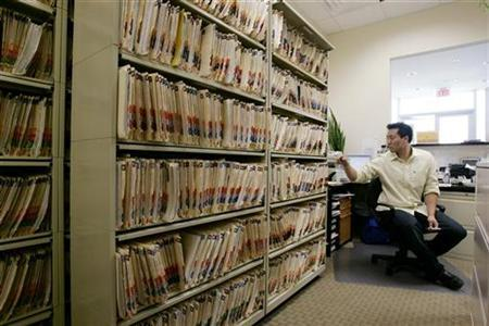 Medical records at a doctor's practice in Chantilly, Virginia, July 30, 2009. REUTERS/Hyungwon Kang