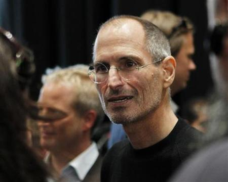 Apple Chief Executive Steve Jobs is seen after the Apple's music-themed September media event in San Francisco, California September 1, 2010. REUTERS/Robert Galbraith