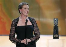 <p>Actress Julie Andrews accepts the Life Achievement Award presented to her at the 13th Annual Screen Actors Guild Awards in Los Angeles January 28, 2007. REUTERS/Robert Galbraith</p>