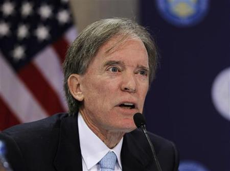 William Gross, Manager of the world's biggest bond fund at Pacific Investment Management Co. (PIMCO) participates in the Obama administration's Conference on the Future of Housing Finance in the Cash Room of the Treasury Building in Washington in this August 17, 2010 file photo. REUTERS/Jason Reed