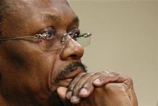 <p>Former Haitian President Jean Bertrand Aristide, exiled in South Africa, attends a news briefing in Johannesburg, January 15, 2010. REUTERS/Siphiwe Sibeko</p>