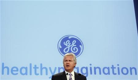 General Electric Chief Executive Officer Jeffrey Immelt speaks at a news conference in New York, in this October 21, 2009 file photo.R EUTERS/Mike Segar/Files