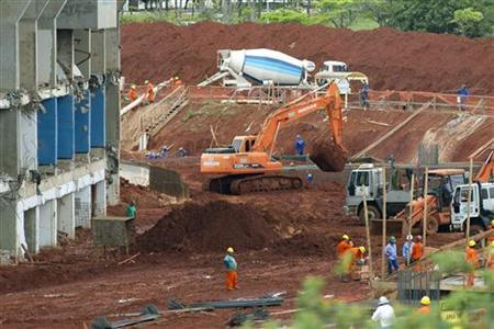 A view of reconstruction of Mane Garrincha stadium is seen in Brasilia, in this March 2, 2011 file photo. REUTERS/Ueslei Marcelino