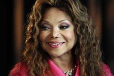 <p>La Toya Jackson durante entrevista à Reuters em Los Angeles, Califórnia. 22/03/2011 REUTERS/Fred Prouser</p>