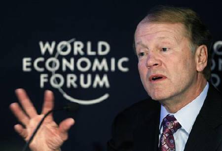 Cisco CEO John T. Chambers speaks during a session at the World Economic Forum (WEF) in Davos January 28, 2011. REUTERS/Christian Hartmann/Files