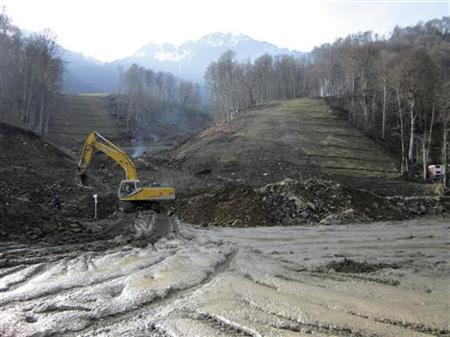 A view shows a site which will be the venue for future Winter Olympics downhill races at Krasnaya Polyana resort in Sochi, December 8, 2010. REUTERS/Gennady Fyodorov