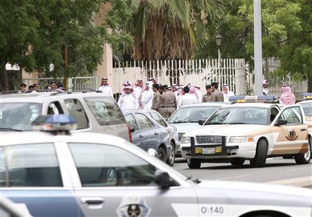 Protesters gather outside the education ministry office in Jeddah April 10, 2011. REUTERS/Susan Baaghil