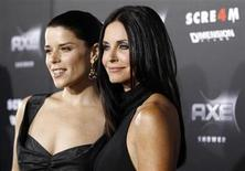 "<p>Cast members Courteney Cox (R) and Neve Campbell pose at the premiere of ""Scream 4"" at the Grauman's Chinese theatre in Hollywood, California April 11, 2011. REUTERS/Mario Anzuoni</p>"