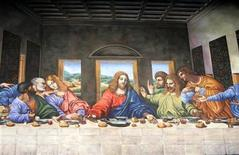 "<p>A large chalk rendition of Da Vinci's ""The Last Supper"" drawn by artist Tracy Lee Stum is displayed in the lobby of the Trump Towers in New York City November 13, 2006. REUTERS/Lucas Jackson</p>"