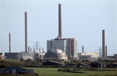 A view of the Sellafield nuclear reprocessing site near Seascale in Cumbria is seen in this April 12, 2011 file photo. REUTERS/David Moir