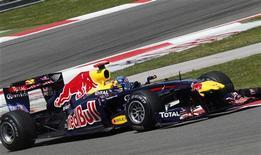 <p>Atual campeão da Fórmula 1, Sebastian Vettel, fez o melhor tempo nos treinos classificatórios deste sábado para o Grande Prêmio da Turquia. REUTERS/Umit Bektas</p>