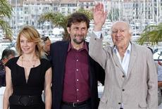 "<p>Director Nanni Moretti and cast members Margherita Buy (L) and Michel Piccoli (R) pose during a photocall for the film ""Habemus Papam"" (We Have A Pope) in competition at the 64th Cannes Film Festival May 13, 2011. REUTERS/Vincent Kessler</p>"