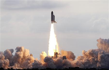 The space shuttle Endeavour lifts off from the Kennedy Space Center in Cape Canaveral, Florida, May 16, 2011. REUTERS/Scott Audette