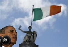 <p>U.S. President Barack Obama speaks at an Irish celebration at College Green in Dublin May 23, 2011. REUTERS/Larry Downing</p>